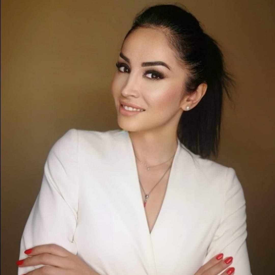 """""""Un Prodotto Top per la tua bellezza"""" recensione di Tannaz Golafshan"""
